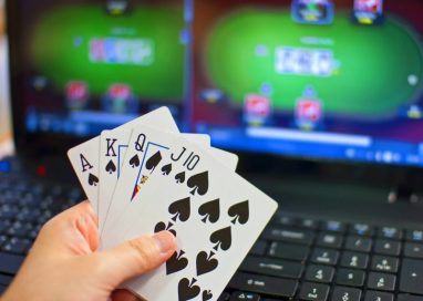 Play Poker Online and Make Money