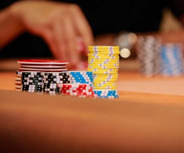 The advantage of online Poker games